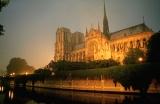 Париж готический: история в трех частях